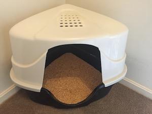 corner-litter-box